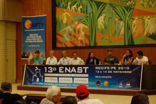Intervenção de Lidiane Monteiro (Tesoureira do DCE-UFRPE e Coordenadora do Movimento RESISTÊNCIA NA FÍSICA) representando os estudantes da UFRPE: Monitores ENAST, PET, PIBID, Conexões de Saberes.