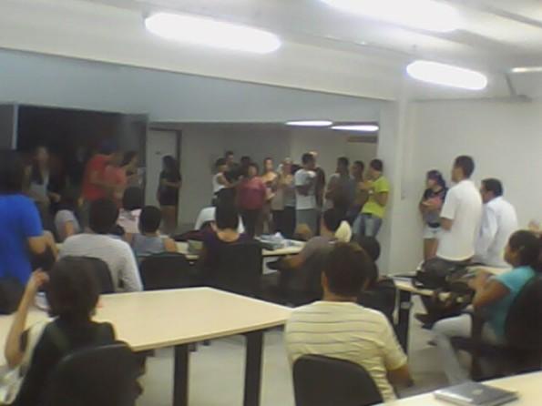 Assembléia reuniu mais de 70 estudantes